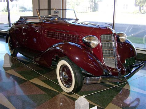 every car should the duesenberg museum on their