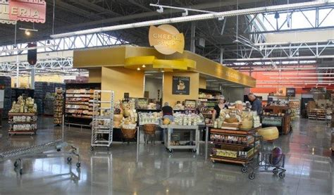 First Peek At H-e-b's Huge New Montrose Store