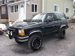 1989 Ford Bronco Ii Xlt 4x4 2 Door Auto    Air 2  9l Fuel