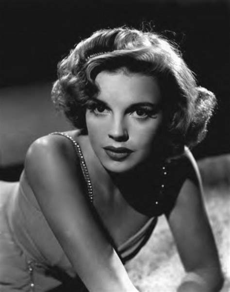 Judy Garland on drugs, drink, suicide attempts and her ...