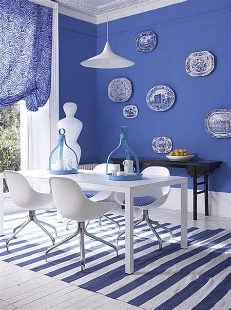 decorating a blue room