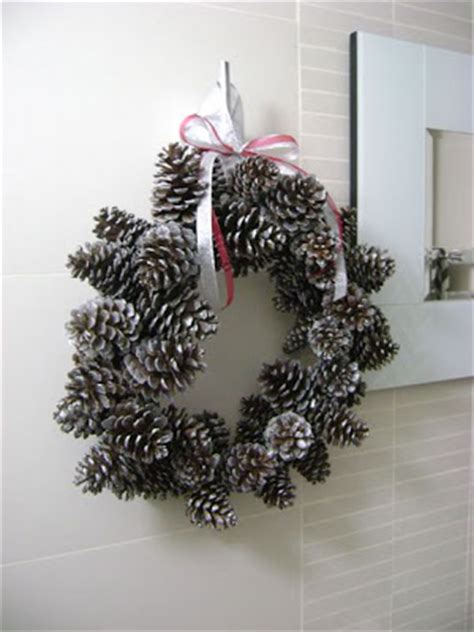 pine cone wreath directions 30 decorative diys to make a pine cone wreath guide patterns