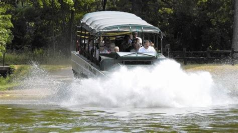 Boat Cruise Wisconsin Dells by Best 25 Duck Boat Tours Ideas On Wisconsin