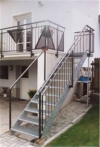 gelander verzinktes gelander an einem balkon mit With französischer balkon mit engel skulpturen für den garten