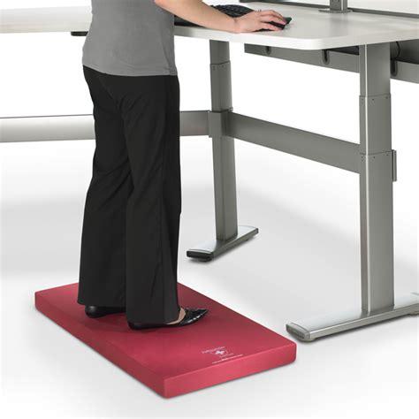 standing desk floor mat are anti fatigue mats helpful when you work at a standing
