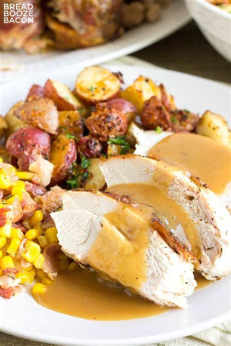 cook thanksgiving turkey  video bread booze bacon