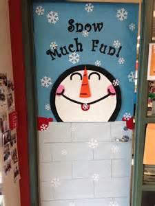 pretty christmas door decoration ideas classroom door