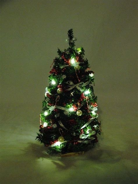 aromatic scale christmas trees tree 7 quot lighted silver 1 12 scale dollhouse miniature dhs4923 ebay