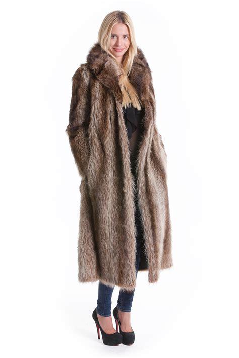 buy fur coat raccoon fur coat nature    furs