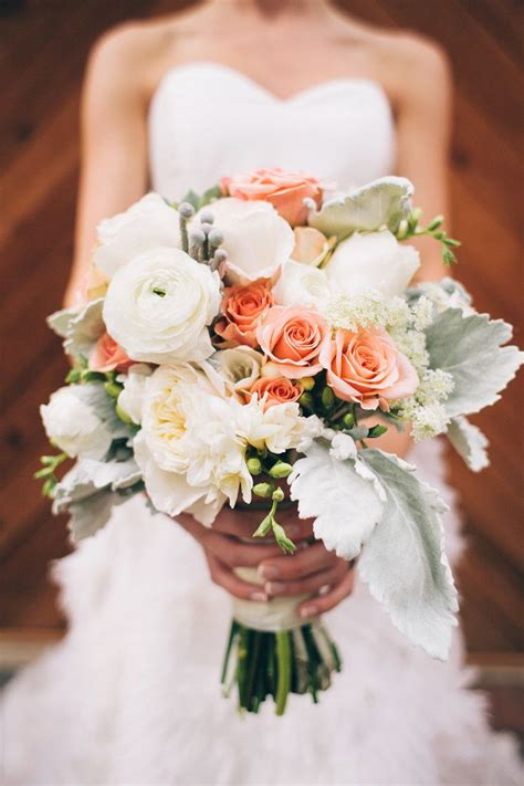 images  ranunculus arrangements  pinterest