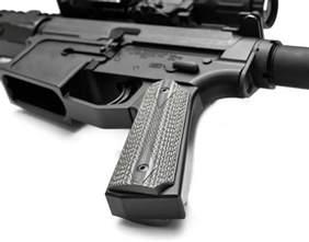 AR-15 1911 Pistol Grip