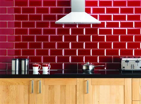 panneau mural cuisine crédence pour cuisine stylée en 25 exemples modernes