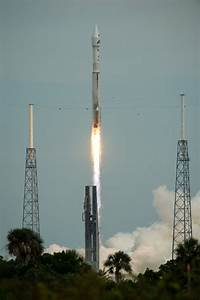 MAVEN Launch Photos: NASA Mars Orbiter Launches Toward Red ...
