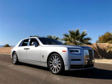 Review 2019 Rolls Royce Phantom  The World's Best Car