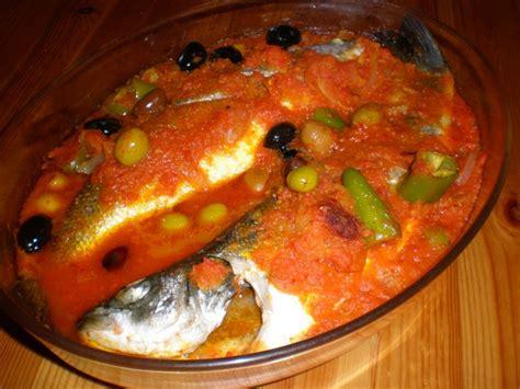cuisine tunisienne traditionnelle four poissons au four a la tunisienne tellement bon