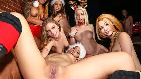 Sultry Cam Party And Breeding
