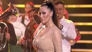 Smaragdgrün Tv Ausstrahlung 2017 : ceca trepni novogodisnji show tv pink 2017 youtube ~ Orissabook.com Haus und Dekorationen