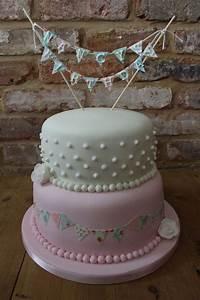 Vintage bunting birthday cake   Lauren's first birthday ...