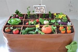 Garden Cake - CakeCentral com