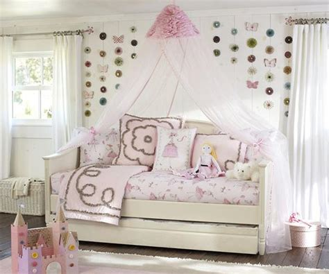 Pottery Barn Canopy by Canopy Bed Curtains Gallery Slideshow