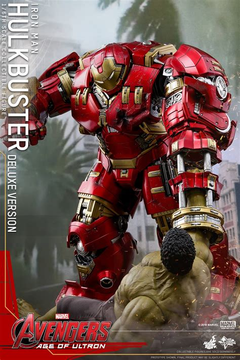deluxe hot toys hulkbuster iron man reissue accessories