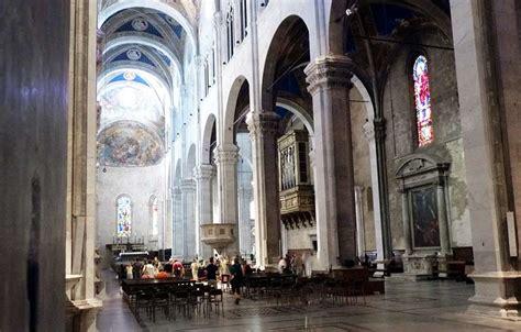 Duomo Di Lucca Interno by Il Duomo Di San Martino A Lucca Goticomania