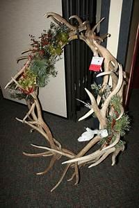 Shell elk antler wreath - Pinedale Online News, Wyoming