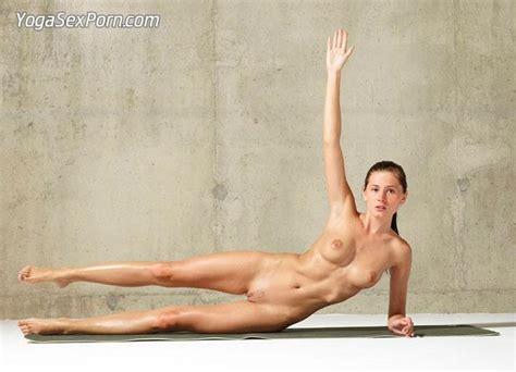 Free Flexible Nude Yoga Exercises