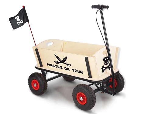 chaise de bureau pour le dos chariot enfant en boi pirate pinolino