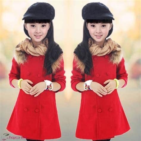 امرأة بعمر الـ43 تبدو وكأنها طفلة! فساتين بنات غاية في الروعة وكيفية اختيار ملابس الطفلة