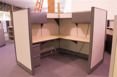 used knoll office cubicle with overheads
