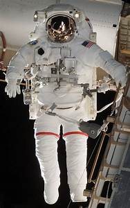 ELI5: Why did astronauts in NASAs space shuttle program ...