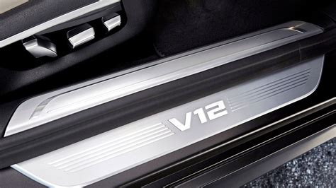 Bmw M760li Xdrive V12 (2017) Review