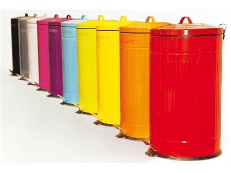 poubelle de cuisine poubelle cuisine a pedale 50 litres maison design