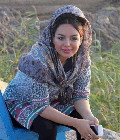 Hot Most Beautiful Muslim Girls Photos