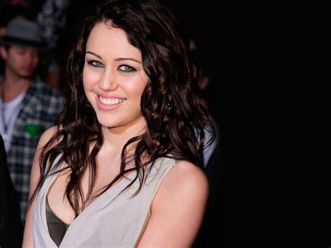 Hannah Montana And Miley Cyrus Wallpapers Hd Wallpapers