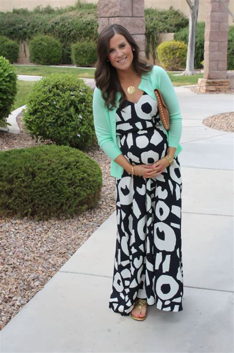The 25+ best Cute maternity dresses ideas on Pinterest   Cute pregnancy outfits Maternity dress ...