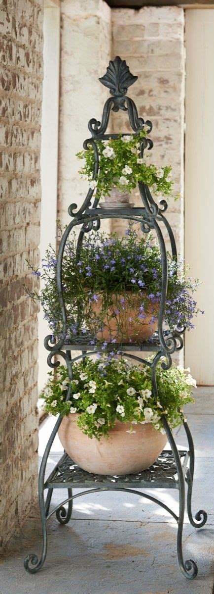 Plant Etagere Outdoor by Each Of This Florentine Plant Etagere Handsomely