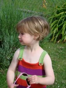 Coupe De Cheveux Fillette : coiffure fille court ~ Melissatoandfro.com Idées de Décoration