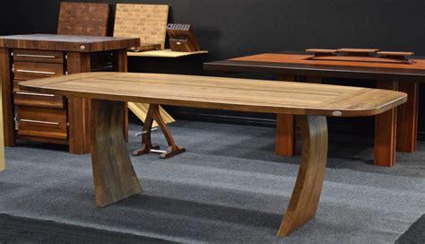 cuisine wengé tables en bois signature dion signature stéphane dion