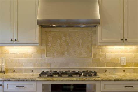 traditional kitchen backsplash ideas chic travertine backsplash in kitchen traditional with