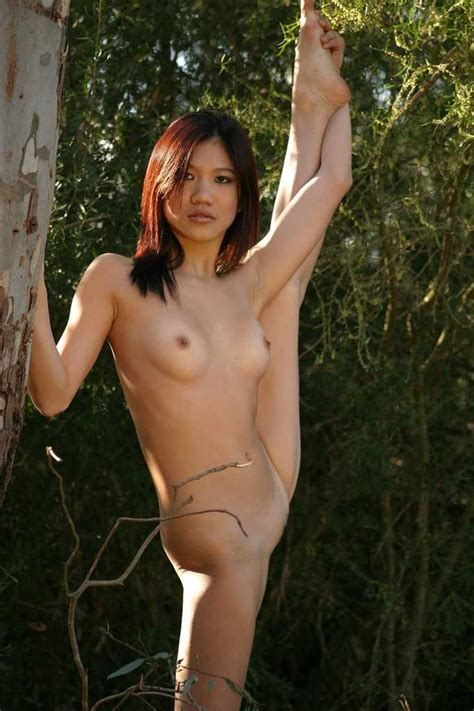 Asian Gymnast Girl Shows Her Charms In The Woods Asian