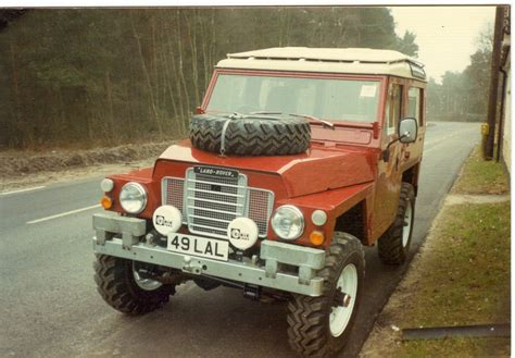 ex lightweight land rover series 3 with top conversion and station wagon roof