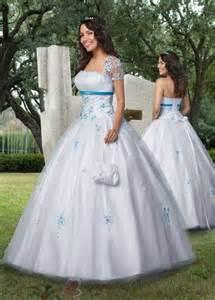 robe de mariã e pas cher tati robe de mariée bleu et blanche tati robe de mariee turquoise robe de mariée décoration de