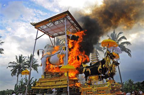 celebration  death home   gods