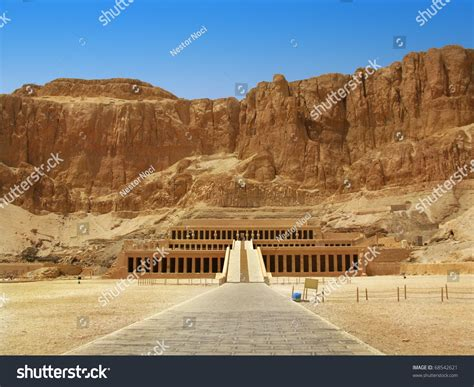 Awesome Temple Of Queen Hatshepsut 15081458 Bc