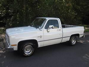 86 Chevy Shortbed C10 Silverado  1 Owner  86k Miles Ac