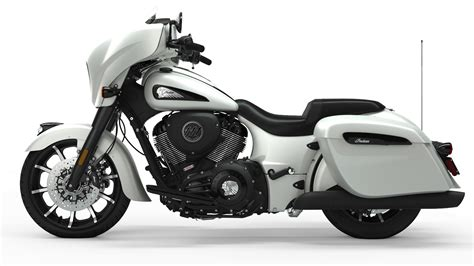 2019 Indian Chieftain Dark Horse Review (17 Fast Facts