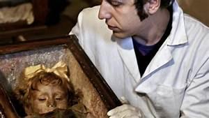 La niña momia que abre y cierra los ojos (Rosalia Lombardo ...