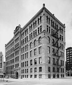 File:Chicago Criminal Courts Building, 54 West Hubbard ...